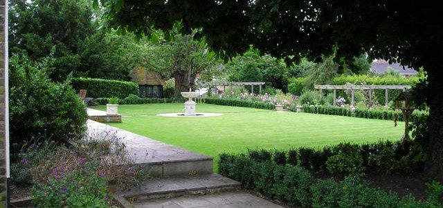 family garden in georgian setting farningham - Garden Design Kent
